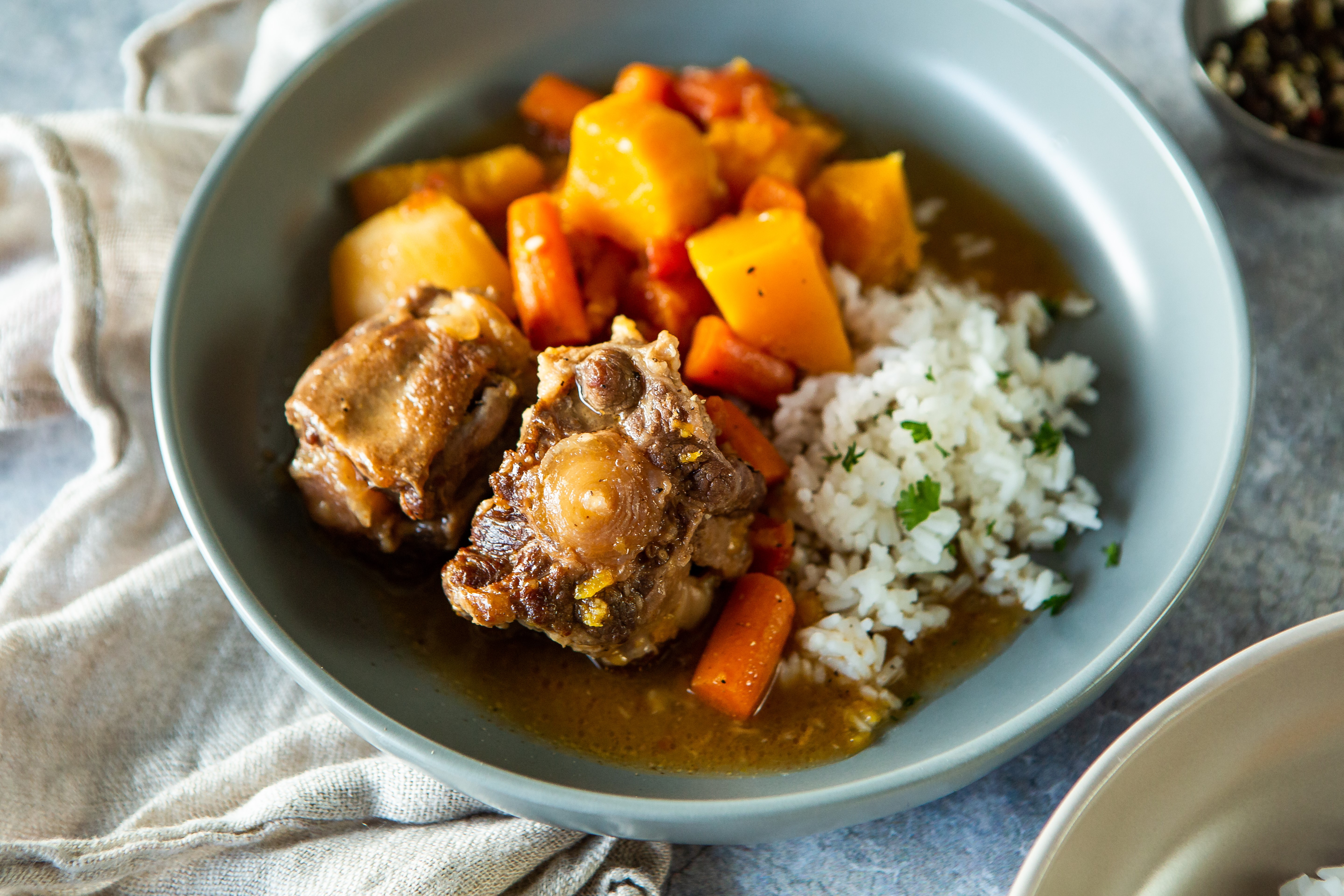Slow Cooker Oxtail & Vegetable Stew